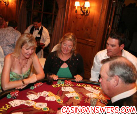 pai gow poker table